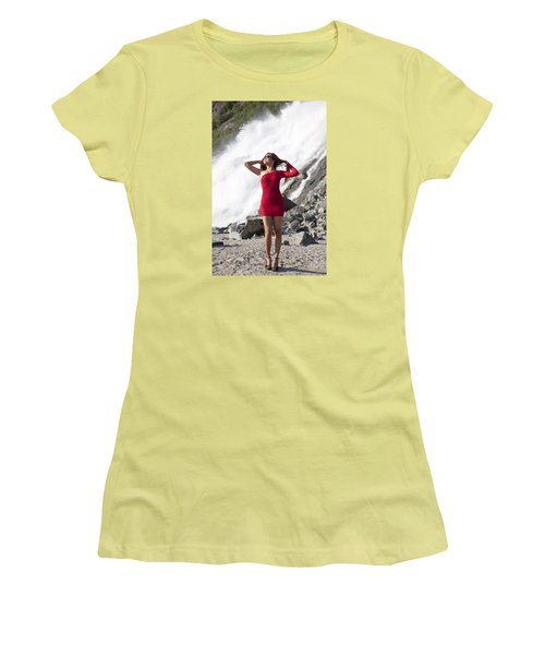 Beauty In Wilderness Women's T-Shirt (Athletic Fit)