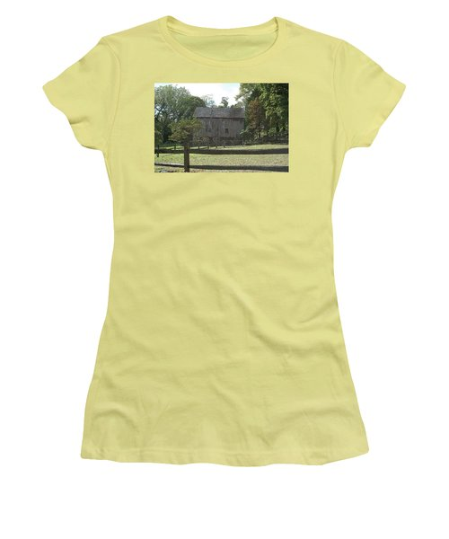 Bedford Barn Women's T-Shirt (Athletic Fit)