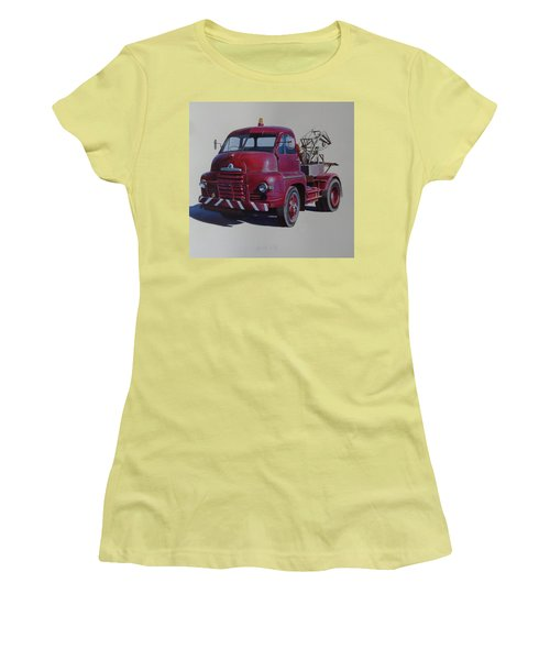 Bedford S Type Wrecker. Women's T-Shirt (Junior Cut) by Mike  Jeffries