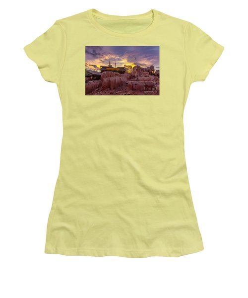 Big Thunder Mountain Sunset Women's T-Shirt (Athletic Fit)