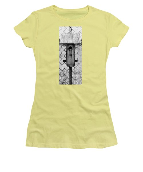 Bird Women's T-Shirt (Athletic Fit)