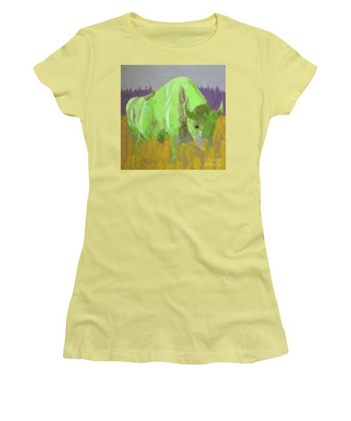 Bison On The American Plains Women's T-Shirt (Athletic Fit)