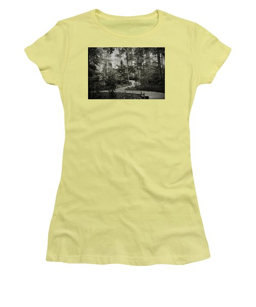 Black And White Vintage Edit -walk In Peace  Women's T-Shirt (Athletic Fit)