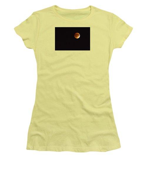 Blood Moon Luna Eclipse Women's T-Shirt (Athletic Fit)