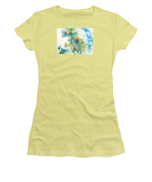 Blue Boy_ Elephant Women's T-Shirt (Athletic Fit)