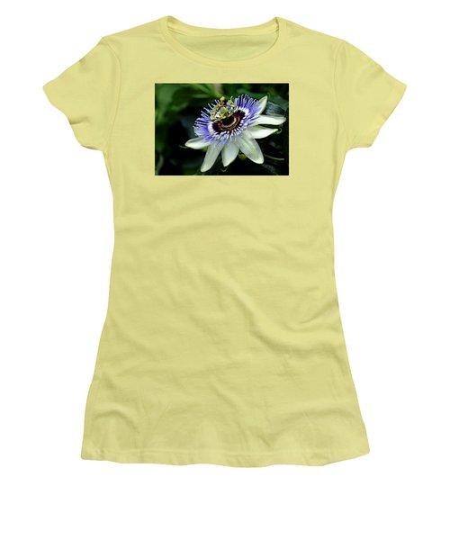 Blue Crown Passion Flower Women's T-Shirt (Athletic Fit)