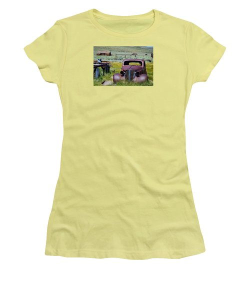 Bodie Rust Women's T-Shirt (Athletic Fit)