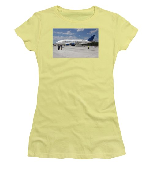 Boeing Dreamlifter 1 Women's T-Shirt (Athletic Fit)