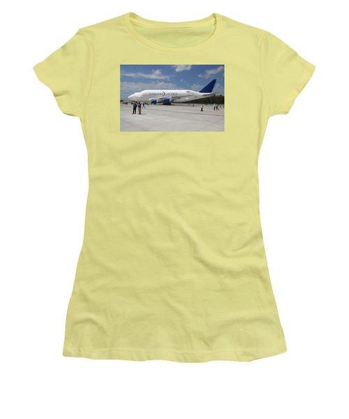 Boeing Dreamlifter 1 Women's T-Shirt (Athletic Fit)