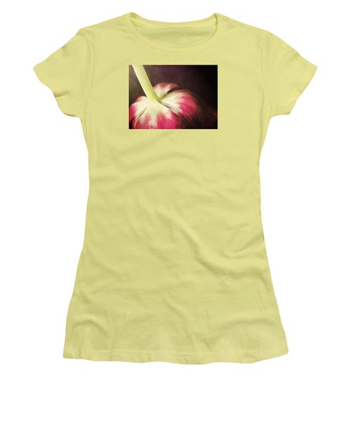 bow Women's T-Shirt (Athletic Fit)