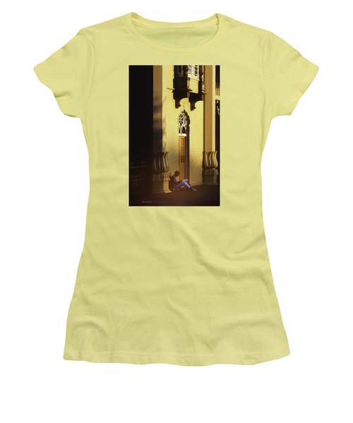 Brighton England Artist Drawing Women's T-Shirt (Junior Cut) by Glenn Gemmell