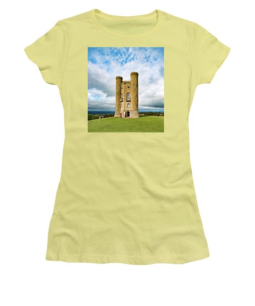 Broadway Tower Women's T-Shirt (Athletic Fit)