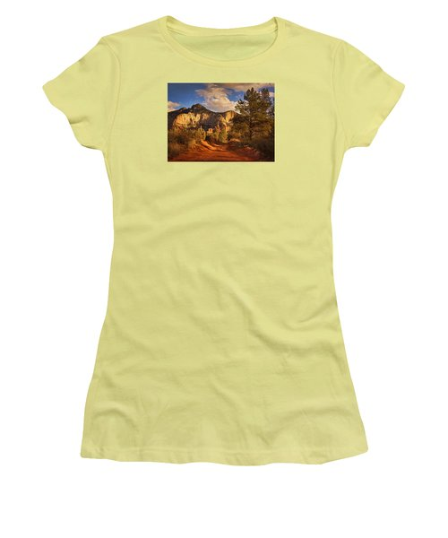 Broken Arrow Trail Pnt Women's T-Shirt (Athletic Fit)