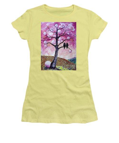 Bubbletree Women's T-Shirt (Athletic Fit)