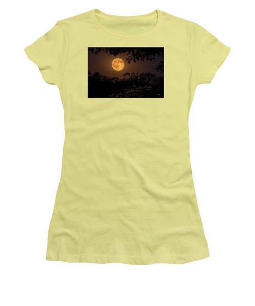 Women's T-Shirt (Junior Cut) featuring the photograph Buck Moon 2016 by Everet Regal