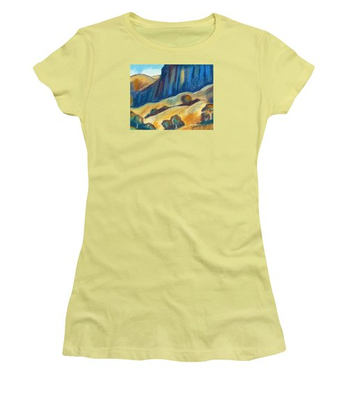 Ca Hills Women's T-Shirt (Athletic Fit)