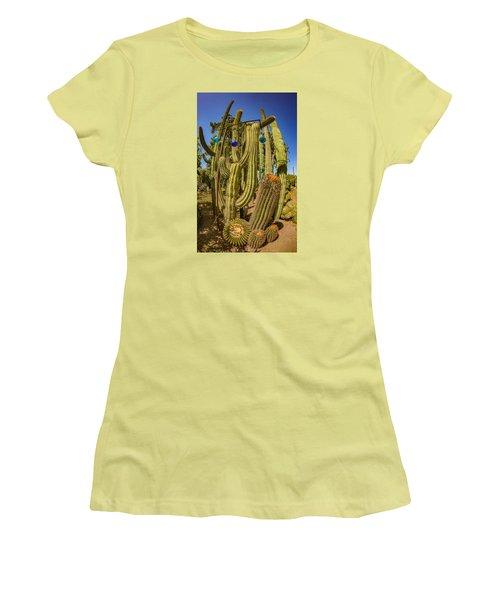 Cactus Skyscraper Women's T-Shirt (Athletic Fit)