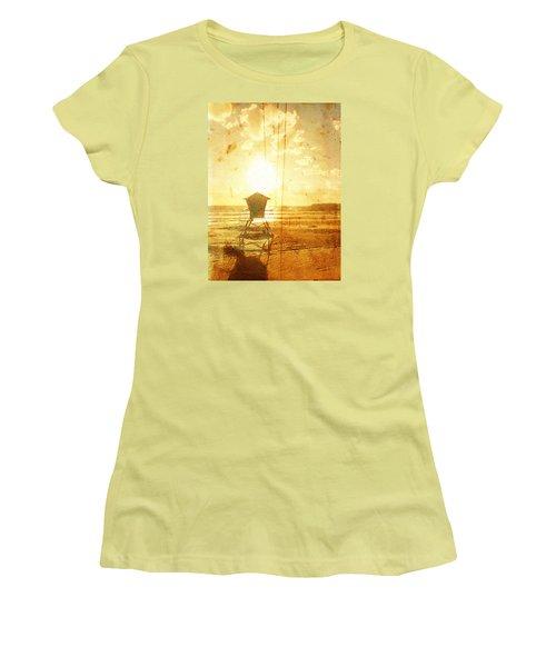 Californian Lifeguard Cabin Women's T-Shirt (Junior Cut) by Andrea Barbieri