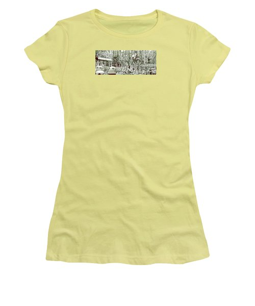 Capture On Endor Women's T-Shirt (Athletic Fit)