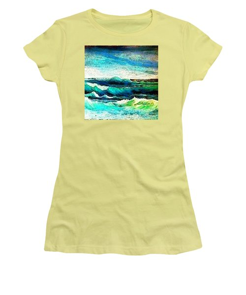 Caribbean Waves Women's T-Shirt (Athletic Fit)