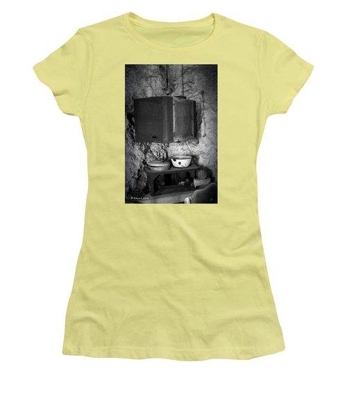 Castle Kitchen Women's T-Shirt (Junior Cut) by Edgar Torres