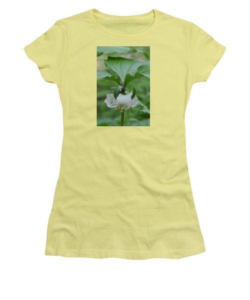 Women's T-Shirt (Junior Cut) featuring the photograph Catesby Trillium by Linda Geiger