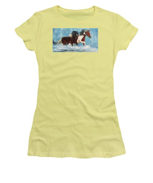 Caught In The Rain  Close Up Women's T-Shirt (Athletic Fit)