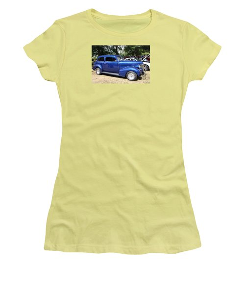 Chevy Town Sedan 1939 Women's T-Shirt (Athletic Fit)
