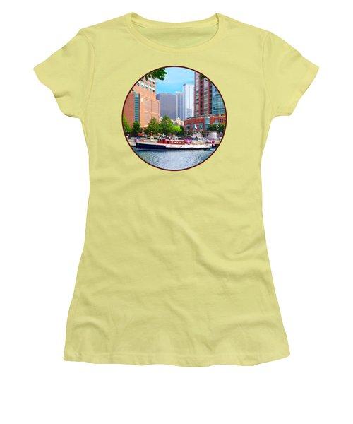 Chicago Il - Chicago River Near Centennial Fountain Women's T-Shirt (Junior Cut) by Susan Savad