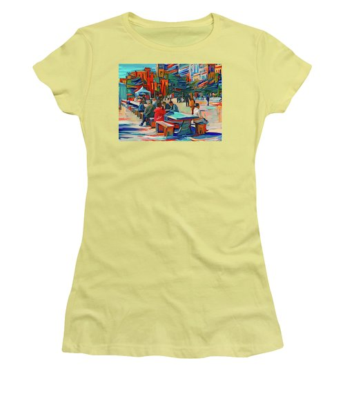 Chicago Millennium Sunday Women's T-Shirt (Athletic Fit)