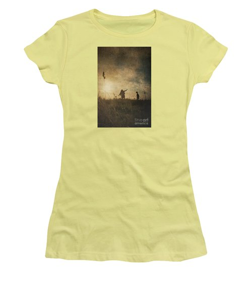 Children Playing Women's T-Shirt (Athletic Fit)