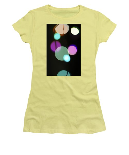 Circles And String Women's T-Shirt (Athletic Fit)