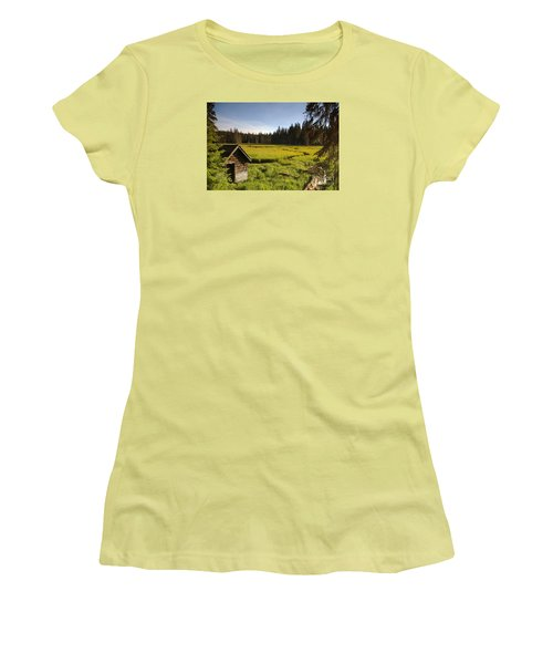 Clackamas Meadow Pump House- 2 Women's T-Shirt (Athletic Fit)