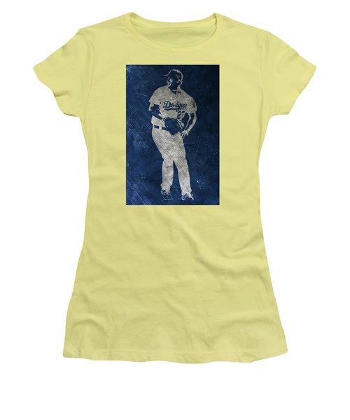 Clayton Kershaw Los Angeles Dodgers Art Women's T-Shirt (Athletic Fit)