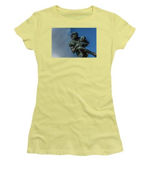 Cloud Runner  Women's T-Shirt (Athletic Fit)