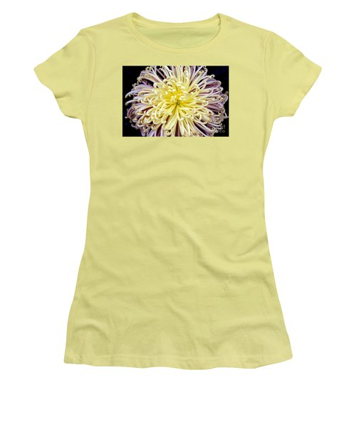 Colorful Spider Chrysanthemum   Women's T-Shirt (Athletic Fit)
