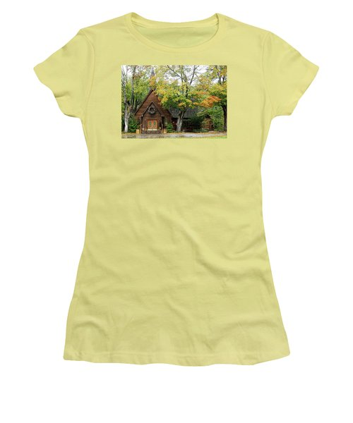 Country Chapel Women's T-Shirt (Athletic Fit)
