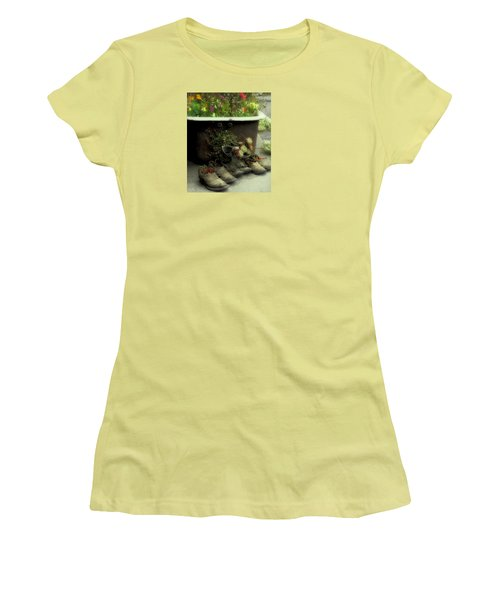 Women's T-Shirt (Junior Cut) featuring the photograph Country Day Spa by Kandy Hurley