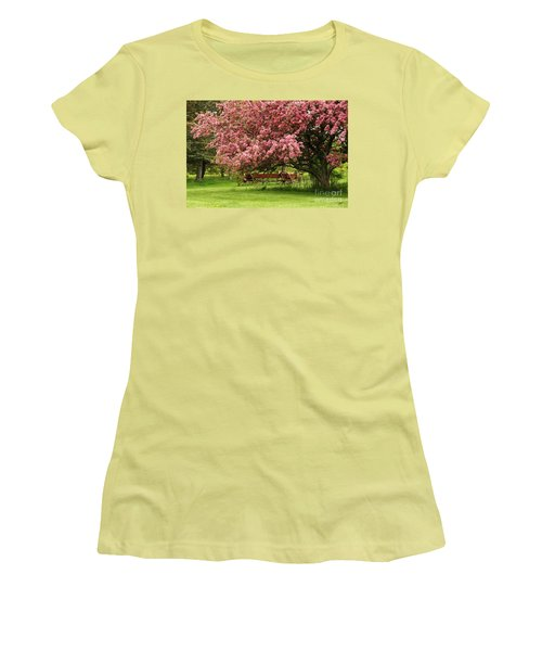 Country Wagon Women's T-Shirt (Athletic Fit)