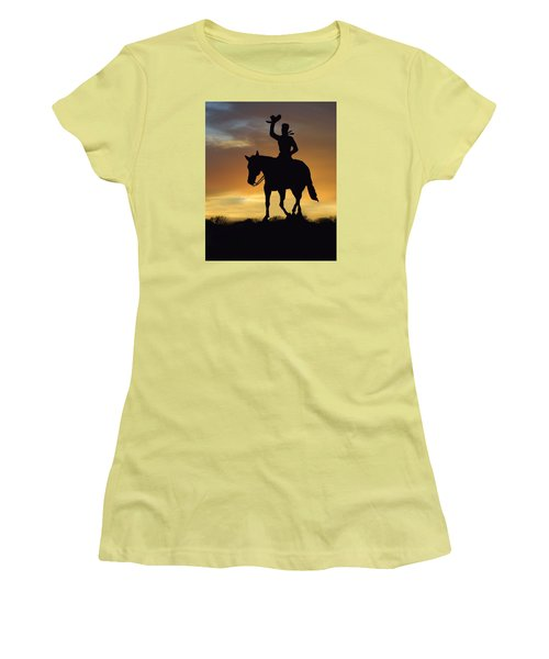 Cowboy Slilouette Women's T-Shirt (Athletic Fit)