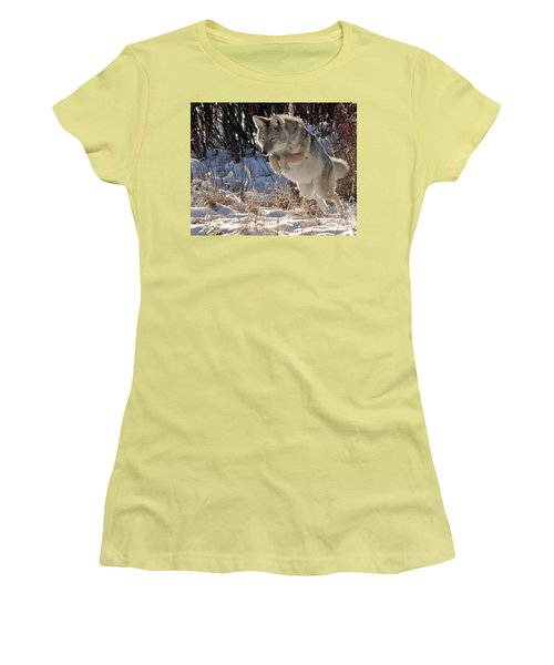 Coyote In Mid Jump Women's T-Shirt (Athletic Fit)