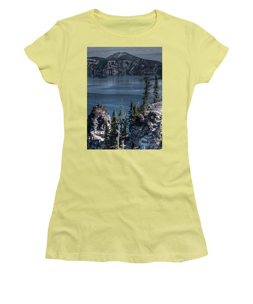 Crater Lake 4 Women's T-Shirt (Athletic Fit)