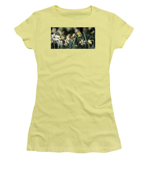 Daffodils Women's T-Shirt (Athletic Fit)