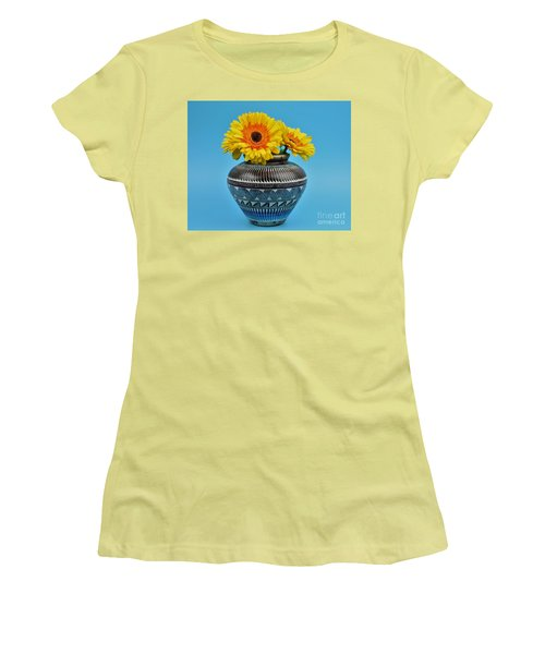 Daisies Displayed In Navajo Native American Vase Women's T-Shirt (Athletic Fit)