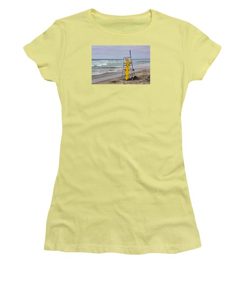 Del Mar Lifeguard Tower Women's T-Shirt (Athletic Fit)