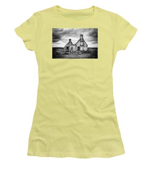 Derelict Croft Women's T-Shirt (Athletic Fit)