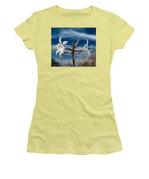 Desert Lilly Close Up Women's T-Shirt (Junior Cut) by Jeremy McKay