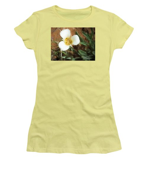 Desert Mariposa Lily Women's T-Shirt (Athletic Fit)