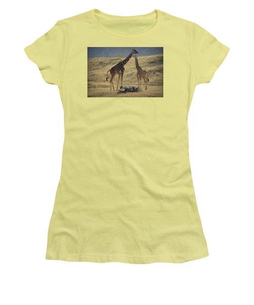 Desert Palm Giraffe Women's T-Shirt (Junior Cut) by Guy Hoffman