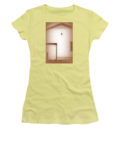 Deserted One Women's T-Shirt (Athletic Fit)